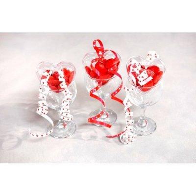 Bolduc blanc avec coeur rouge par un jour sp cial - Decoration coeur rouge ...